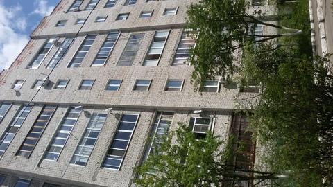 1 квартира п.Белоозерский на 4 этаже с Лоджией и кухней 8 м.
