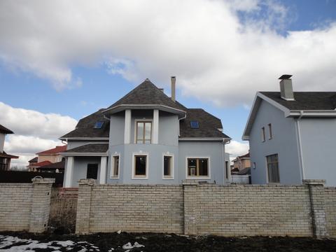 Дом 320 кв.м.+дом 115 кв.м. на участке 15 соток в кп