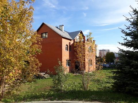 Продам два здания 470 кв.м в Москве с участком 19 соток Южное Бутово