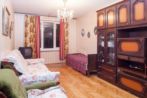 Продажа квартиры, м. Пражская, Ул. Красного Маяка