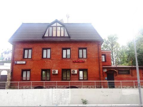 Продается отдельно стоящее здание по адресу г. Москва ул.Правобережная