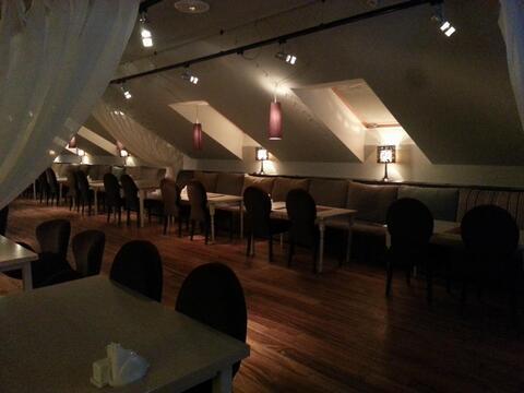 Бывший клуб-ресторан.Свободное назначение.