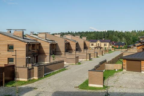 Таунхаус в готовом поселке