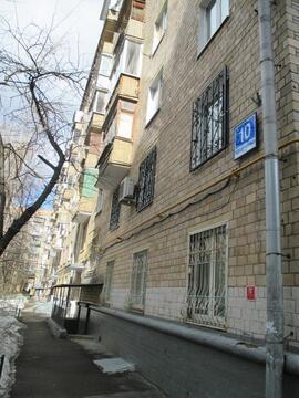 Комната в трёхкомнатной на Кравченко 10
