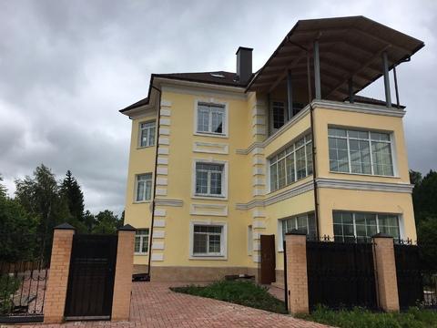 Продается коттедж в г. Москве, поселение Первомайское, д. Фоминское