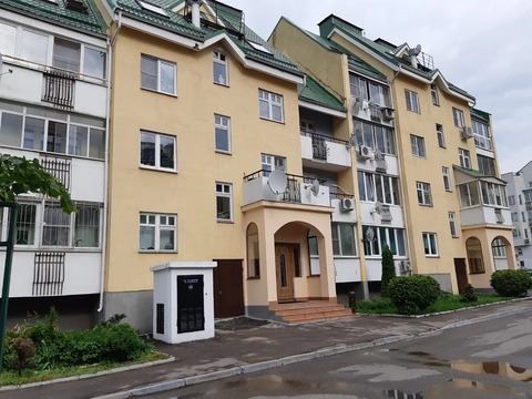 Квартира в 2-х уровнях, с завораживающим панорамным видом на парк!