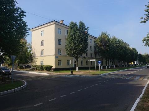Продам 4-к квартиру (сталинка) в Ступино, Горького 33/25.