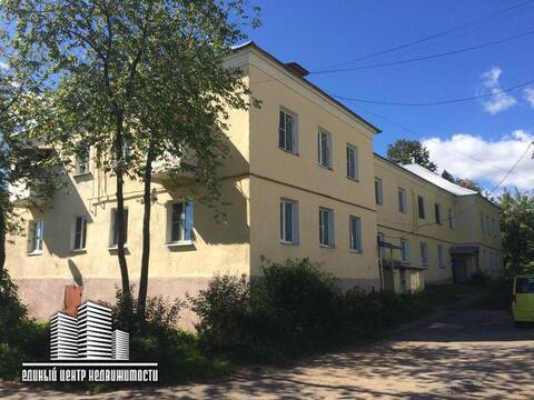 Продажа 2 комн квартиры, п.Икша, ул. Школьная , д.7