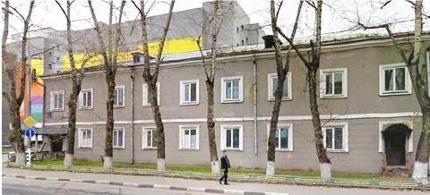 Отдельно стоящее здание с земельным участком