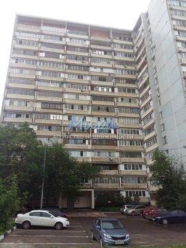 Квартира расположена в 15 минутах ходьбы от метро Зябликово и Красног