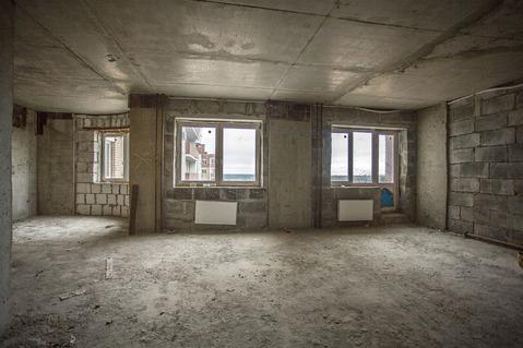 """3-комнатная квартира, 96 кв.м., в ЖК """"Дом у воды"""""""