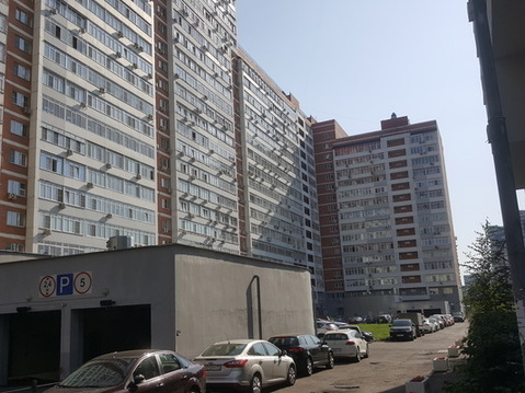 Продаем Машино-Место в подземном паркинге в жилом доме Истринская 8к3.