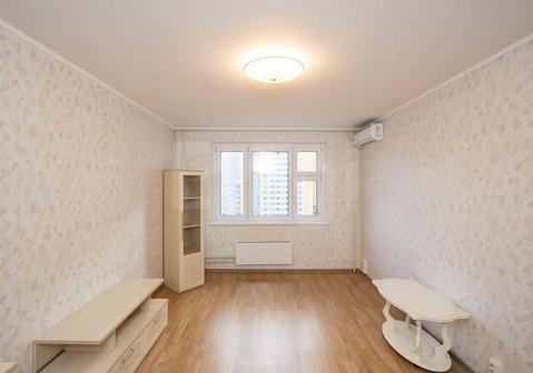 Продам 1-комн. кв. 43 кв.м. Москва, Александры Монаховой