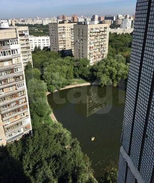 Продам 2-комн. кв. 54 кв.м. Москва, Мичуринский проспект