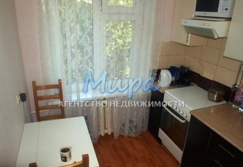 Продается 2-к квартира 46 кв.м на 5 этаже 5-этажного блочного дома.