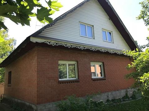 Продается 2 этажный дом с земельным участком в элитном поселке г. Пушк