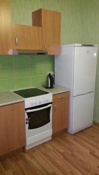 Сдается 1 комн. квартира у метро Борисово.