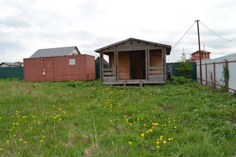 Продается земельный участок с домиком и бытовкой в к. пос. Высокое.