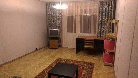 Сдаю однокомнатную квартиру на Алексеевской.
