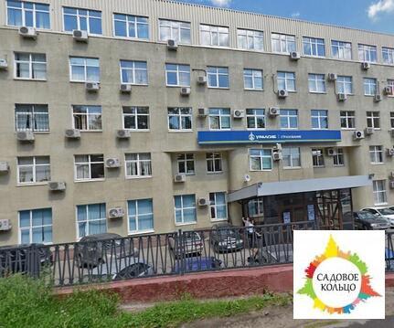 Предлагается помещения с 1 по 3 этаж 4-х этажного бизнес-центра. Общая