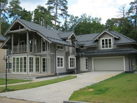 Продается 2 этажный дом и земельный участок в п. Черкизово
