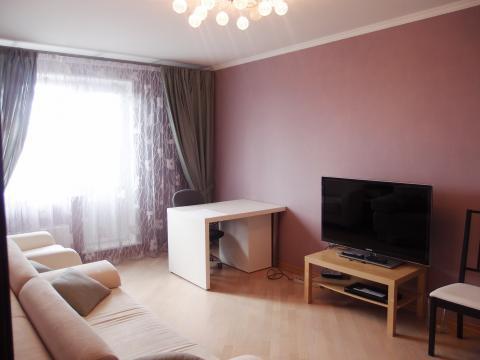 2-комнатная квартира с мебелью и техникой!