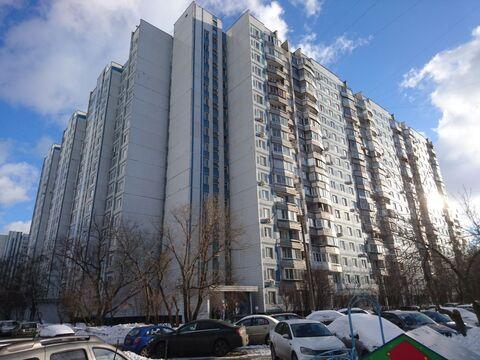 Продается 3 комн.кв. ул. Борисовские пруды 38