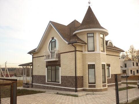 Продам двухэтажный коттедж 200кв.м