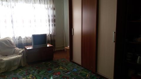 1 квартира п.Белоозерский. Рядом ж/д станция и д\сад, школа