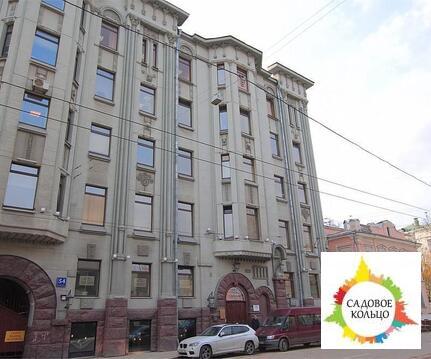Предлагается в продажу часть отдельно стоящего здания класса Б. Зда