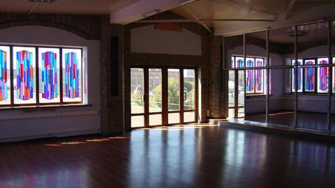 Сдаётся в аренду помещение под танцевальную школу площадью 166,7 кв., 12000 руб.