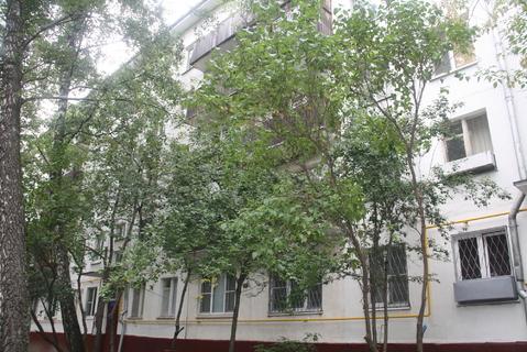 1-я квартира 32 кв м . Большая Юшуньская, д 4