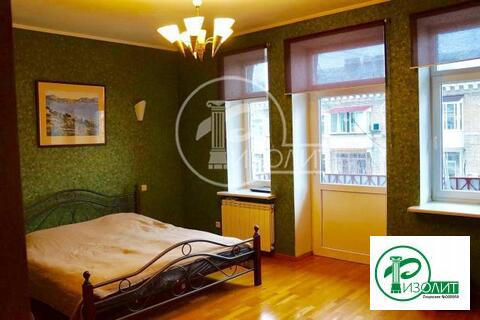 Продается3- х комнатная квартира в сталинском доме, шаговая доступнос