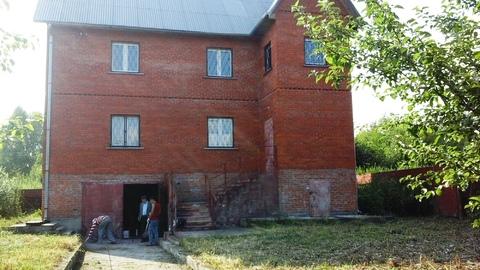 Продается большой кирпичный дом 270 м2 на большом участке 32 сотки/