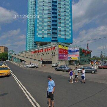Торг. площ. при входе в ТЦ «Алые паруса» хорош. сост, выс. потолка:
