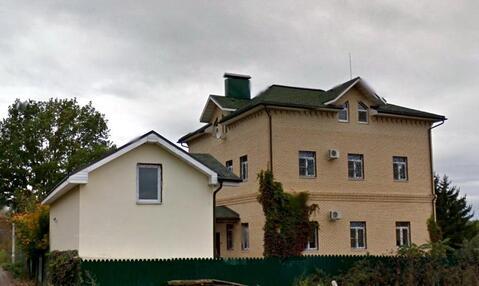 Кирпичный дом с бассейном., 29000000 руб.
