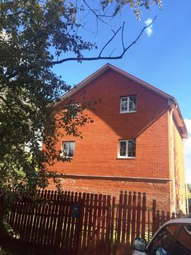 Два дома на участке 12 соток г. Домодедово, мкр.Востряково