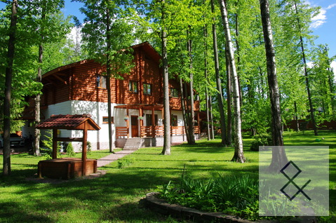 Красивый дом с участком 24 сотки в Зеленой Роще