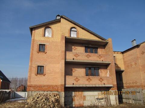 Дом 325 кв.м. кирпичный в городе 20 соток