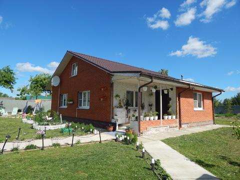 Двухэтажный кирпичный дом 160 кв на 15 с в с. Осташево