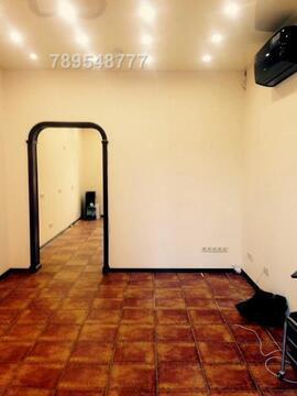 Предлагаем в аренду помещение расположенное на 1-й линии домов, в 30 м