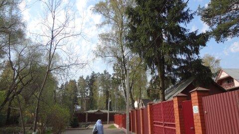 Продается участок 18 соток с 1/2 долей старого дома мкр Мамонтовка, .