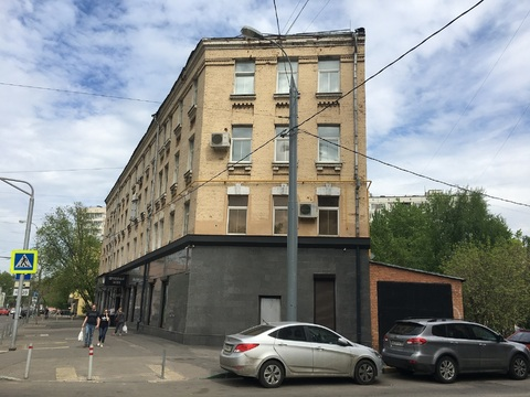 Трехкомнатная квартира в историческом доме