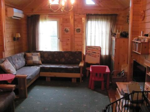 Дача с мебелью и бытовой техникой есть баня, бассейн 10 соток.