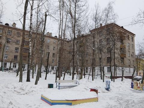 Трешка в корпичном доме с высокими потолками на Первомайской, 121