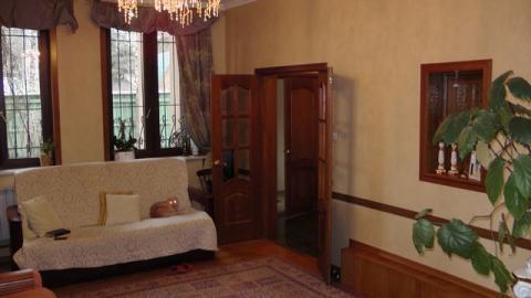 Два кирпичных дома с участком 12 соток в черте Королева, ул Победы
