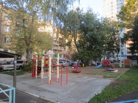 Предлагаю 2х комнатную квартиру в г. Серпухов ул. Ворошилова д. 241.