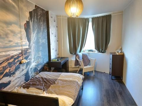 Продается 2-комнатная квартира, поселок Свердловский, Березовая 2
