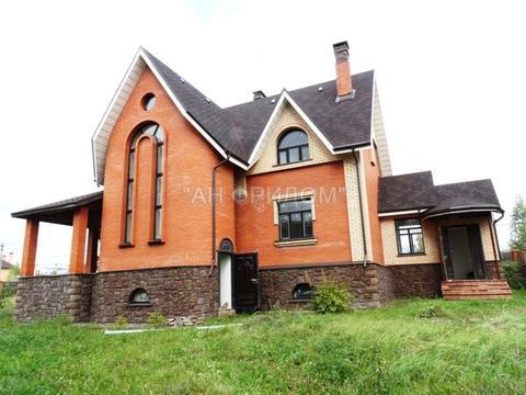 Дом 270 кв.м. на уч-ке 12 соток, 12 км от МКАД, пос. Толстопальцево. .