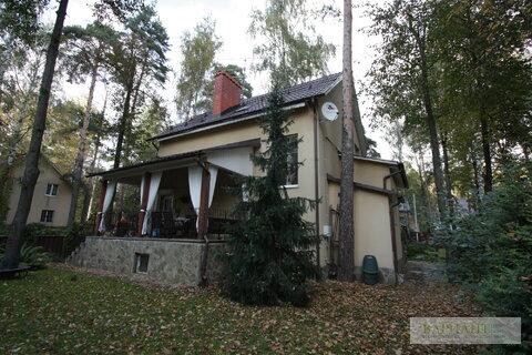 Продается коттедж в пос. Малаховка, 18100000 руб.